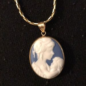 Jewelry - Mother and daughter blue cameo necklace